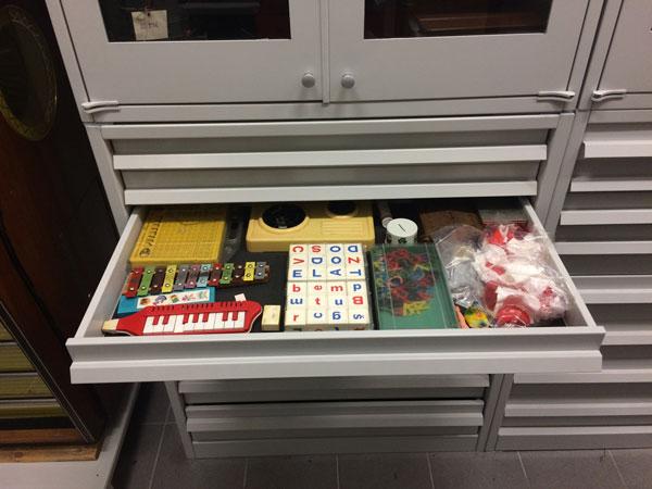Storage-drawer